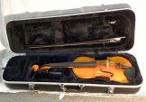 "USED Eastman 15 1/2"" Viola VA100 w/ bow + case"
