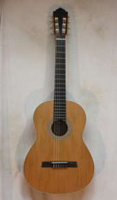 Hofner HZ23 Nylon String Guitar