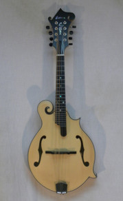 Eastman MD915-BD Blonde w/ K&K pickup and HSC